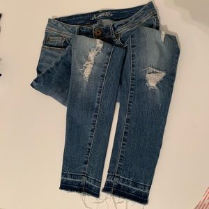 4/$24 American Rag Faded/Ripped Denim Jeans size 0